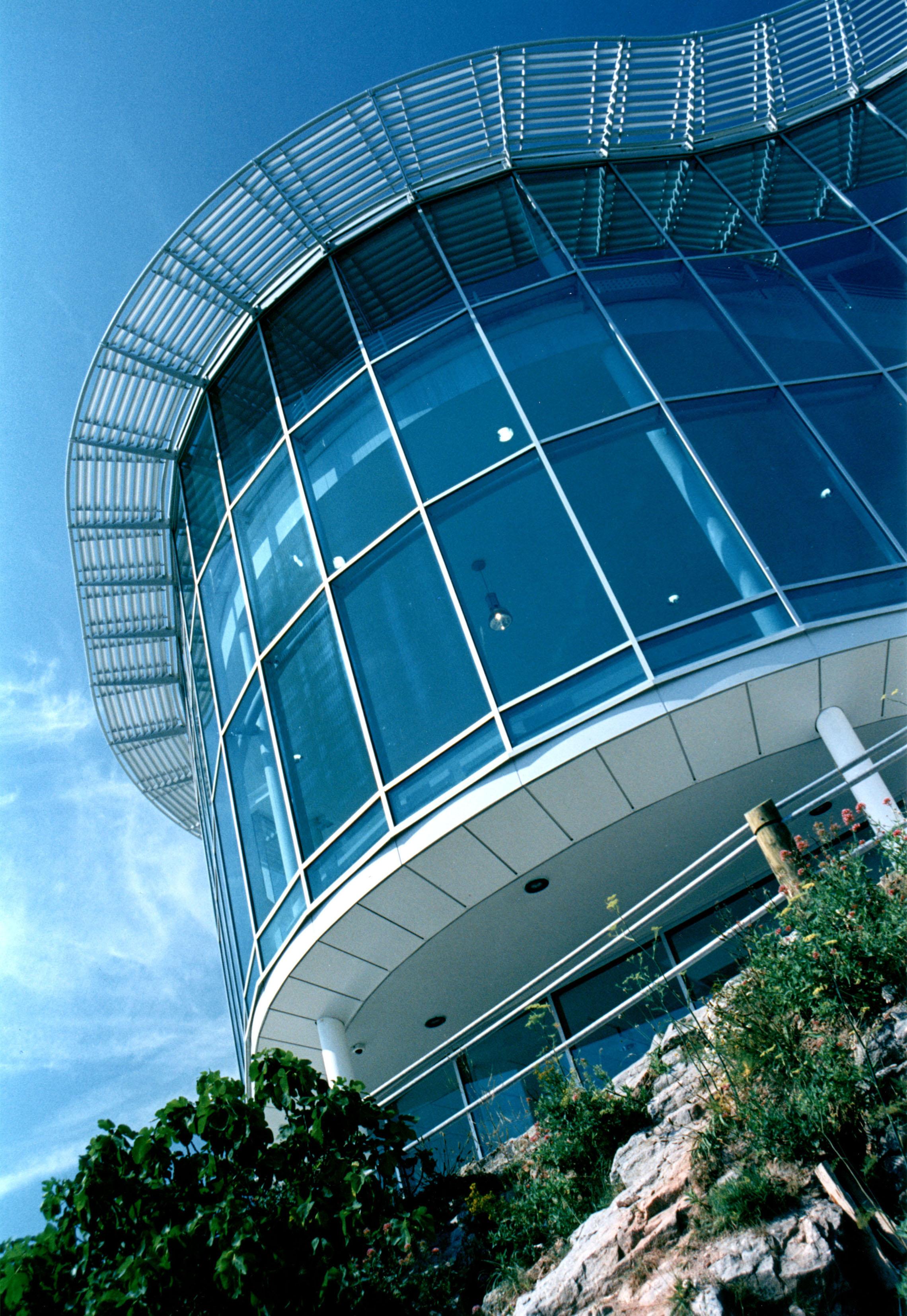 National Marine Aquarium Architecture